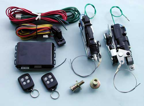 Bear claw latch kit with remote control