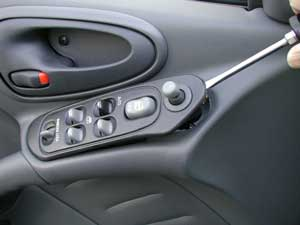 Diagnosing and replacing a power window regulator motor for 2002 grand am window regulator